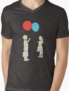 le ballon rouge Mens V-Neck T-Shirt