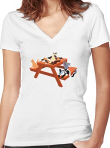 Picnic Cats Women's Fitted V-Neck T-Shirt