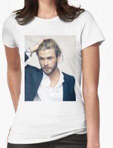 chris hemsworth Womens Fitted T-Shirt