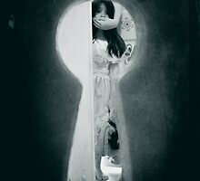 """""""the keyhole"""" by R Del Angel"""