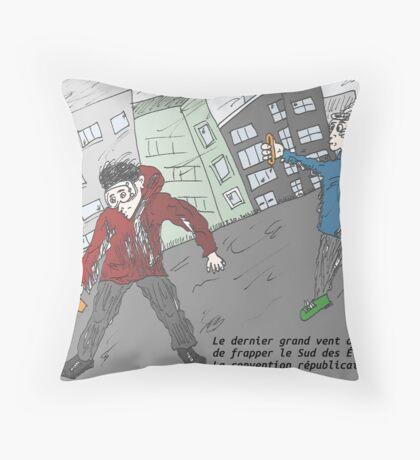 Les grands vents aux Sud des Etats-Unis en fin d'Aout 2012 Throw Pillow