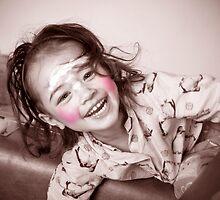 Rosalie facepainting  by Samantha Van Stralendorff