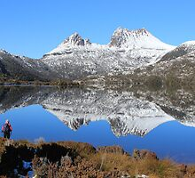photographers are out and about at Cradle Mt. Tasmania by gaylene