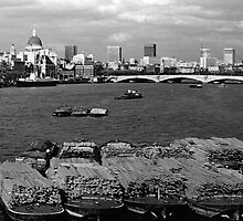 BW UK England river thames London skyline city 1970s  by blackwhitephoto