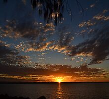 Sunset  by MissChezz