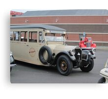 1919 Pierce-Arrow bus Canvas Print