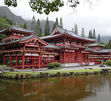 Byodo-In Temple Oahu  by Robert Meyers-Lussier