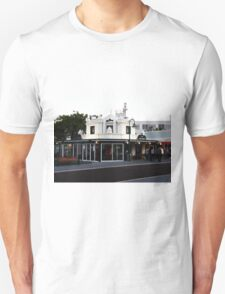 B&W restaurant T-Shirt