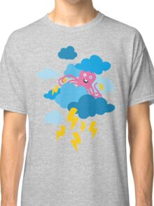 Who Makes the Thunder? - in PINK Classic T-Shirt