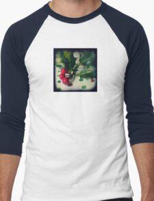 Holly berries Men's Baseball ¾ T-Shirt