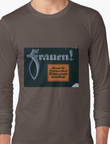 Frauen! Sorget für Frieden und Brot! Wählet und werbt für die Wahl! 1379 Long Sleeve T-Shirt