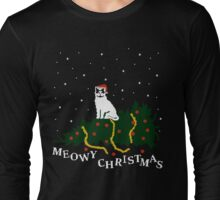meowy christmas - cat vs. tree Long Sleeve T-Shirt