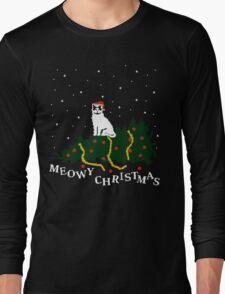 meowy christmas - cat vs. tree T-Shirt