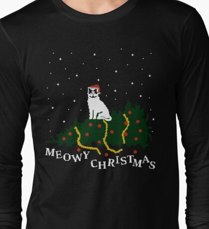 meowy christmas - cat vs. tree Long Sleeve T-Shirt