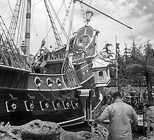 BW USA California Disneyland sailing boat 1970s by blackwhitephoto