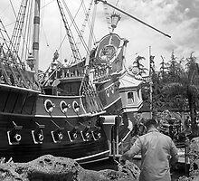 BW USA California Disneyland sailing boat 1970s by blackwhitephoto