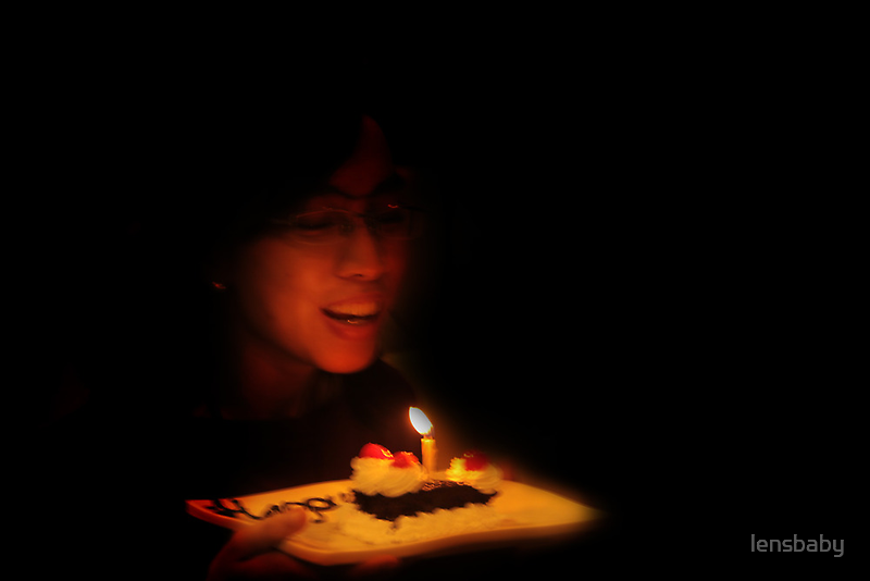 blow your candle by lensbaby