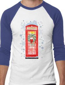 British Red Telephone Box In Falling Christmas Snow Men's Baseball ¾ T-Shirt