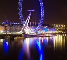 London Eye Reflection by Llewellyn Cass