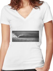 The Perfect Left Wave Women's Fitted V-Neck T-Shirt