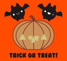 Halloween Adorable Kawaii Pumpkins and Bats Kids Tee