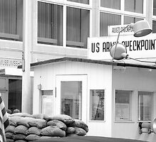 US Army - Check Point Charlie, Berlin. by Jean-Luc Rollier