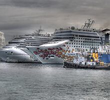 Cruise Ships at the Prince George Wharf in Nassau, The Bahamas by Jeremy Lavender Photography