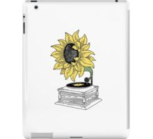 Singing in the sun iPad Case/Skin