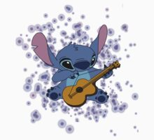 Stitch playing the guitar by holeighh