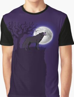 Eerie Wolf Graphic T-Shirt
