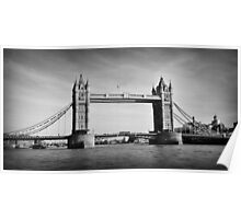Tower Bridge 01 B&W Poster
