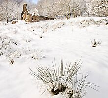 Mynydd Maen Ruin in Snow 01 by Paul Croxford