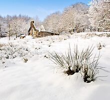 Mynydd Maen Ruin in Snow 02 by Paul Croxford