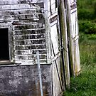 Old White Barn by ZWC Photography