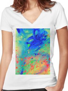 Genesis Women's Fitted V-Neck T-Shirt
