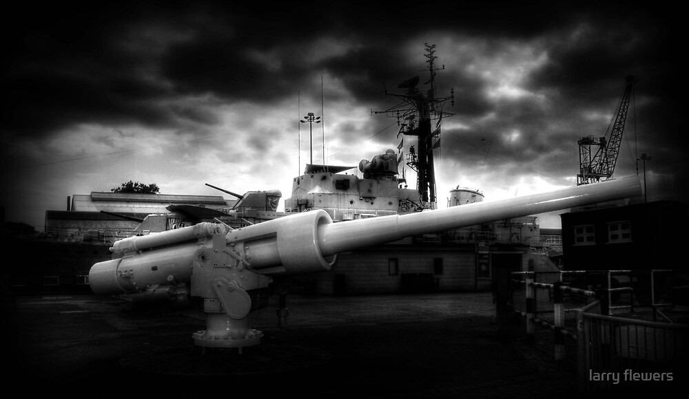 QF 6 inch /40 naval gun by larry flewers