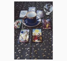 Tarot reading and tea One Piece - Short Sleeve