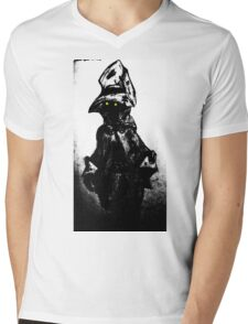 The black mage Mens V-Neck T-Shirt