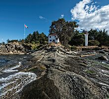 Lighthouse Park from the Point by toby snelgrove  IPA