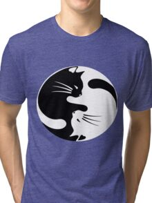 Ying yang cat (white) Tri-blend T-Shirt
