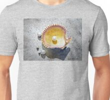 Sea Shell and Pearls Unisex T-Shirt