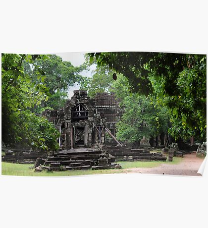 Swallowed by jungle - Cambodian temple Poster