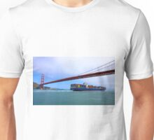 Commerce.- Cargo ship under the Golden Gate Bridge, San Francisco, California Unisex T-Shirt