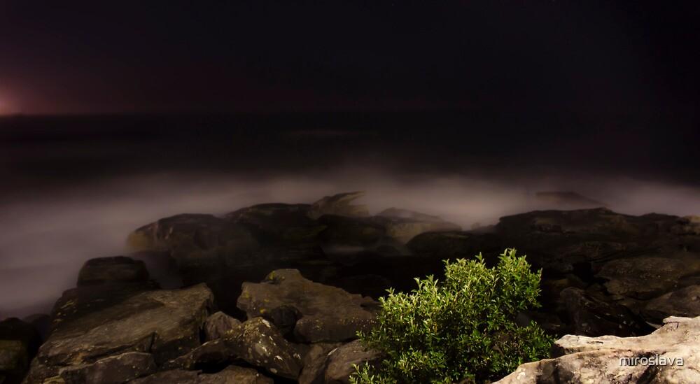 Ghostly horizon by miroslava