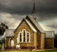 Iandra Chapel by Rosalie Dale