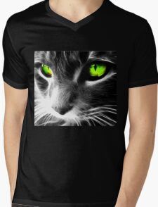 The green eyes pussy Mens V-Neck T-Shirt