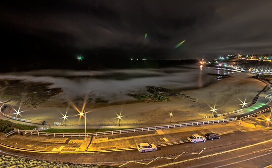 Newcastle Beach By Night by bazcelt