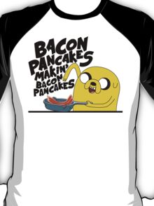"Jake - Adventure Time ""pancakes"" T-Shirt"