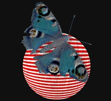 butterfly and ball  T-Shirt