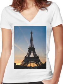 Eiffel Sunset Women's Fitted V-Neck T-Shirt